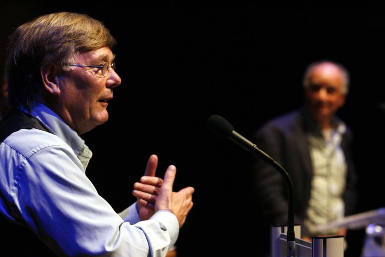 Viroloog Ab Osterhaus (links). Beeld Hollandse Hoogte/ANP