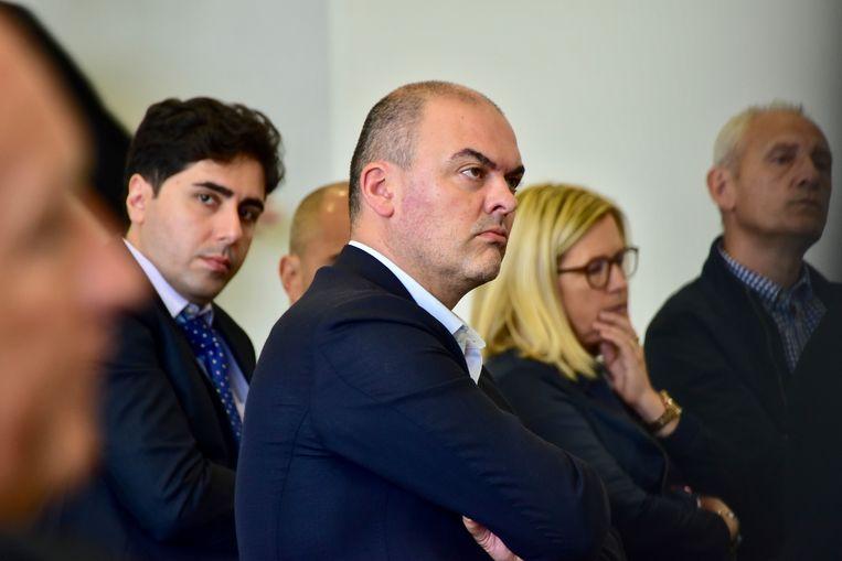 De handelsrechtbank in Kortrijk behandelt het verzet tegen het faillissement van voetbalclub KSV Roeselare.