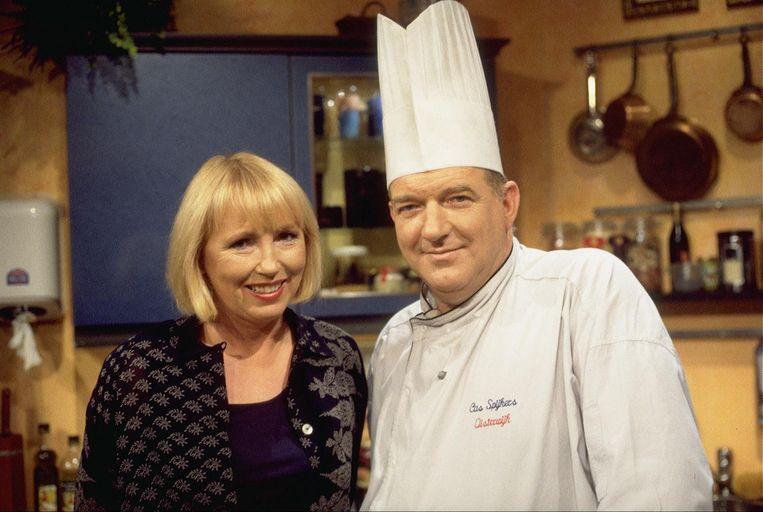 Wijlen Chef kok Cas Spijkers (r) met Mireille Bekooy. Beeld anp