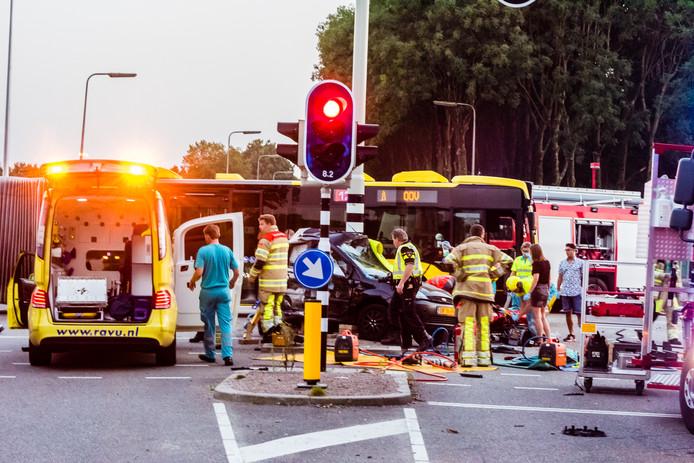 Bij het auto-ongeluk op de Uithof kwamen twee personen om het leven.