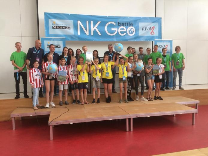 De winnaars van het eerste Nederlands kampioenschap GEObattle in Hengelo.