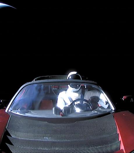 Ruimte-Tesla is al voorbij Mars