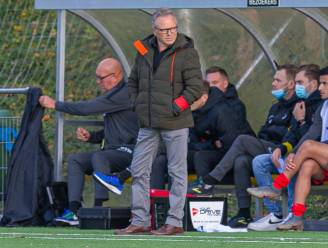"""FCV Dender-coach Regi Van Acker heeft zijn voorkeur bij herstart: """"Ik wil volledige competitie afwerken"""""""