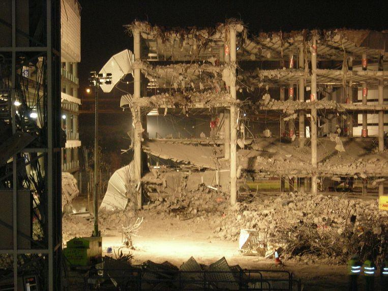 De schade aan een parkeergebouw van de luchthaven van Madrid was groot na de aanslag van 2006.