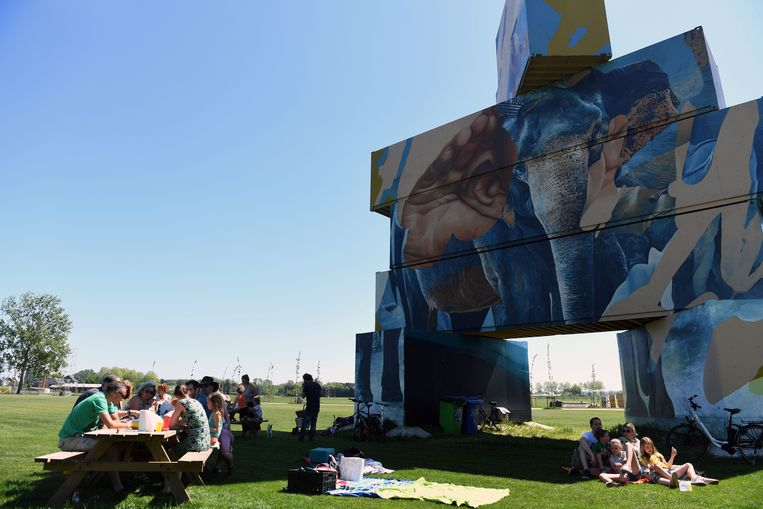 North West Walls op de festivalweide van Rock Werchter