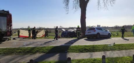 Drie doden door aanrijding bij Limburg