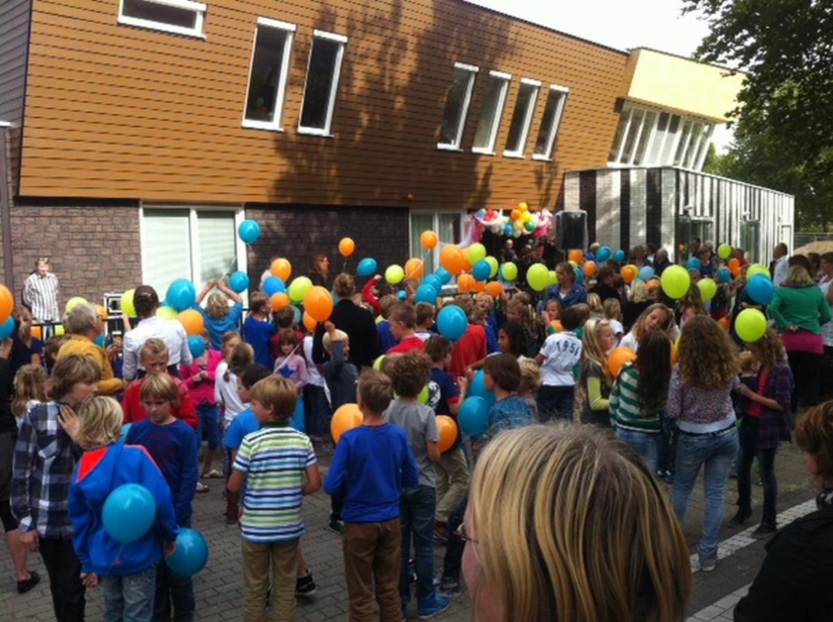 De Spiegel School.Fusieschool Gaat De Spiegel Heten Foto Destentor Nl