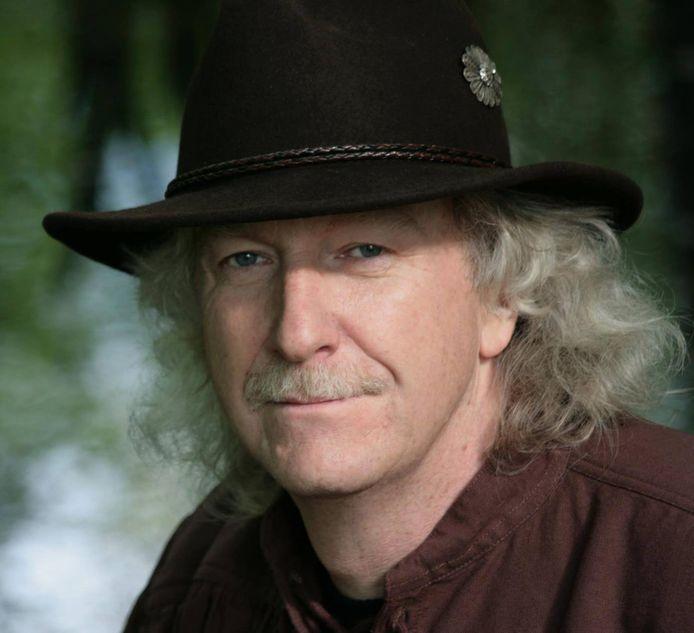 Willem Tiemens, een bekende Winterswijkse muzikant is overleden.