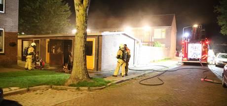 Schuur in brand gestoken in Almelo