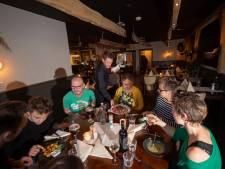 Vlees o'clock bij 't Runderke in Lochem: 'Chateaubriand trancheren aan tafel! Waar zie je dat nu nog?'