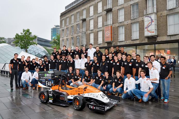 Studenten van  University Racing Eindhoven.