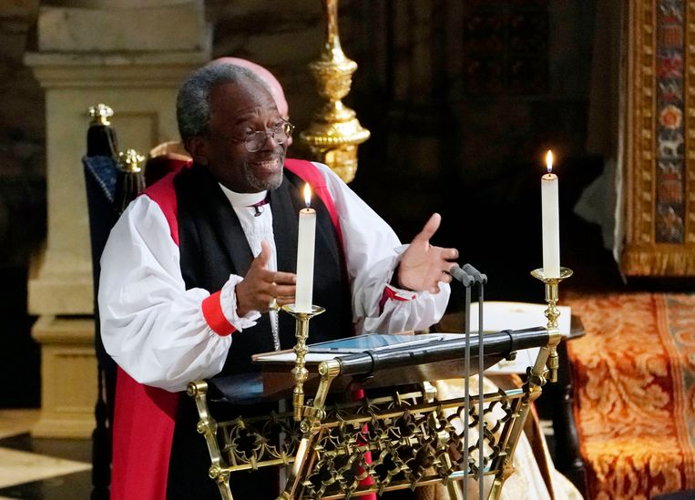 Bisschop Michael Curry van de Episcopal Church, preekt tijdens het huwelijk van Harry en Meghan, zaterdag in de St. George's Chapel van Windsor Castle. Beeld Getty Images