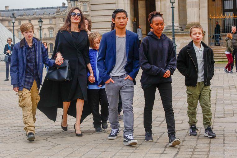 Angelina Jolie en haar kinderen trokken er begin dit jaar samen op uit in Parijs.