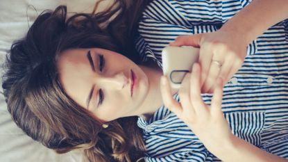 Waarom je volgens relatie-experts blauwe vinkjes op WhatsApp moet uitschakelen