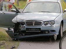 Auto's botsen in Holten