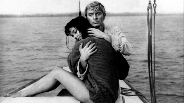 Jolanta Umecka en Zygmunt Malanowicz in Knife in the Water (1962). Beeld