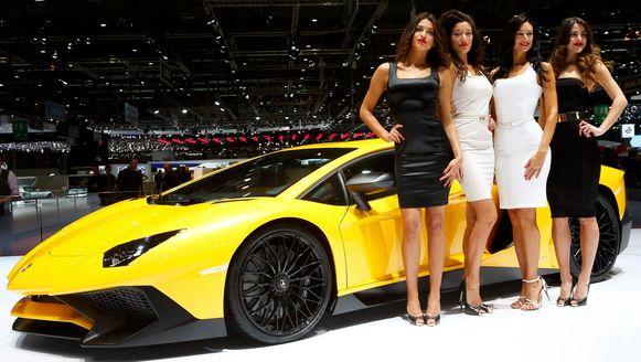 Enkele modellen voor de Lamborghini Aventador op het Autosalon van Genève. (Foto uit 2015).
