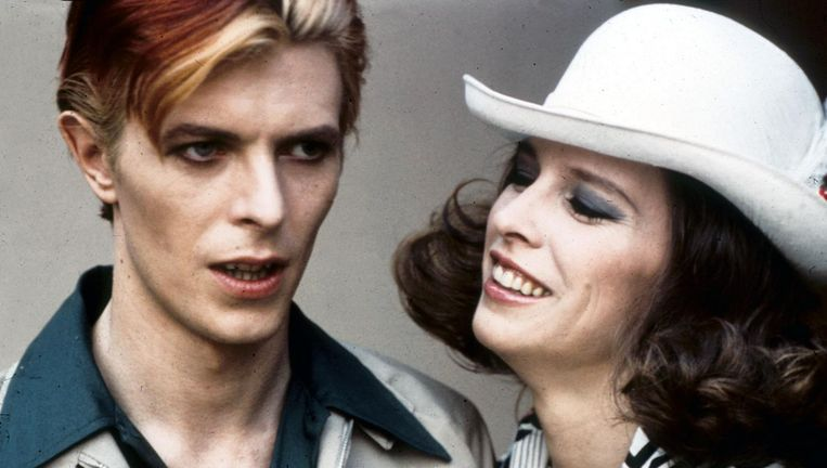 David Bowie in The man who fell to earth. Beeld null