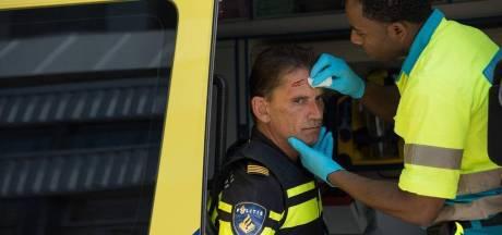 Heel gezin stort zich tijdens aanhouding op agenten in Oss: drie mensen opgepakt