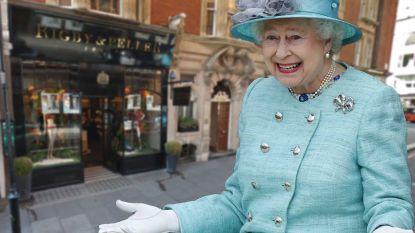 Queen zet lingerieleverancier aan de kant na pikante ontboezemingen