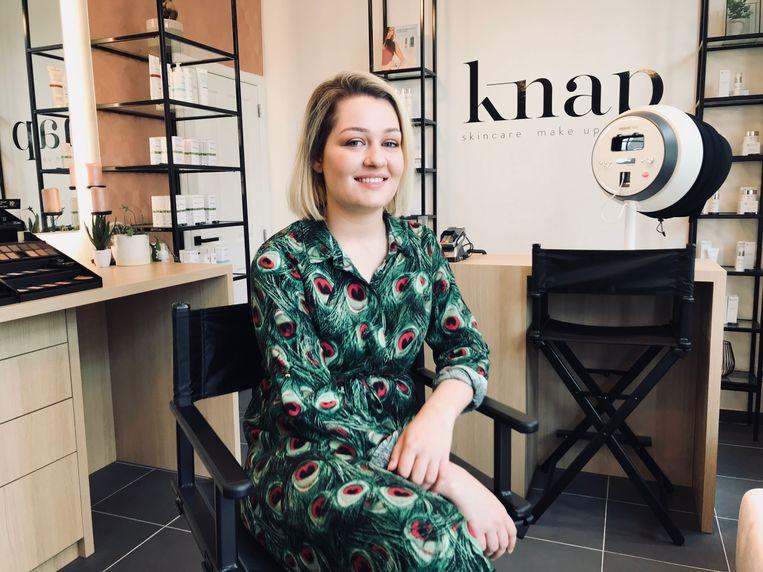 Louise De Roo in haar huidverzorgingskliniek Knap.