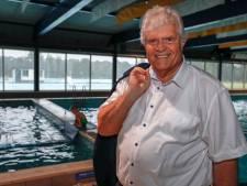 Laco vreest 'weer een jaartje er bij' voor Geldrops zwembad