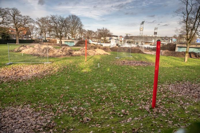 De saneringswerkzaamheden bij het Openluchtbad in Zwolle zijn begonnen.