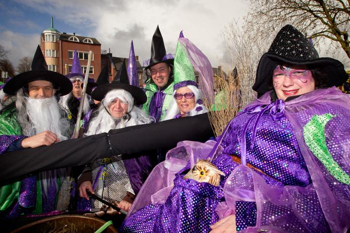 Carnaval in 't Slotgat (Empel).