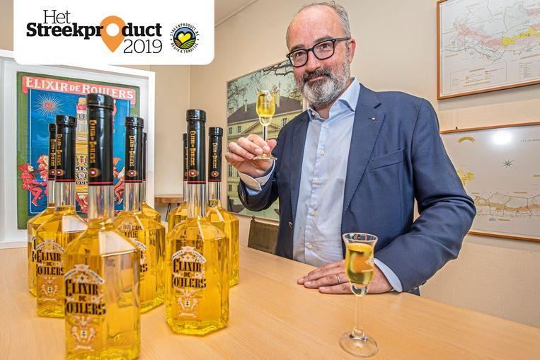 Jean-Pierre Vyncke proeft zijn Elixir de Roulers.