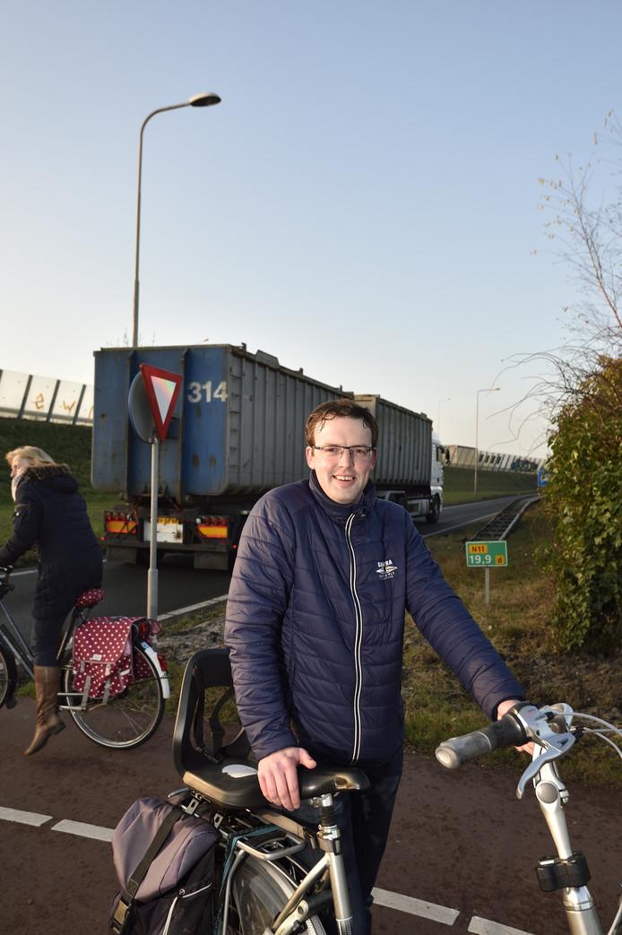 Jan Vergeer (CDA) is opgetogen dat de fietstunnel dichterbij is gekomen.