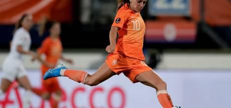 Zeven voetbalsters Oranje genomineerd voor wereldelftal van het jaar