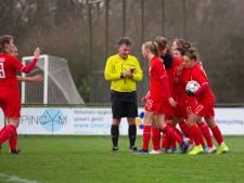 FC Twente Vrouwen oefent tegen Benfica en Wolfsburg