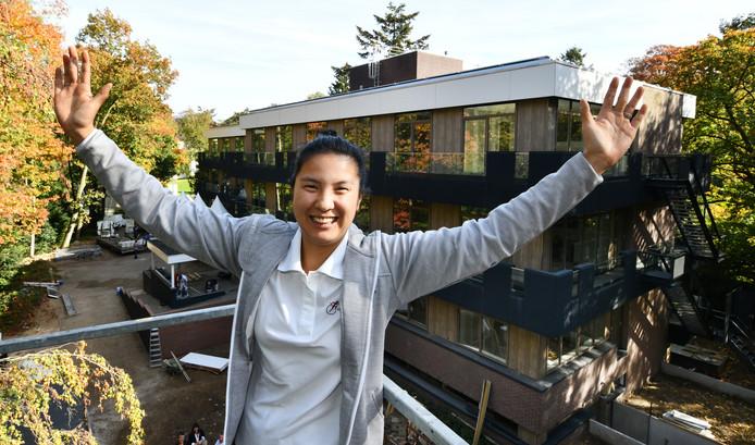 Liane van der Schoot woont sinds 2018 in een verbouwd kantoorgebouw in Driebergen