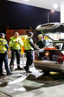 637 mensen moeten blazen tijdens alcoholcontroles in Rijen en Waalwijk, zes dronken bestuurders gepakt