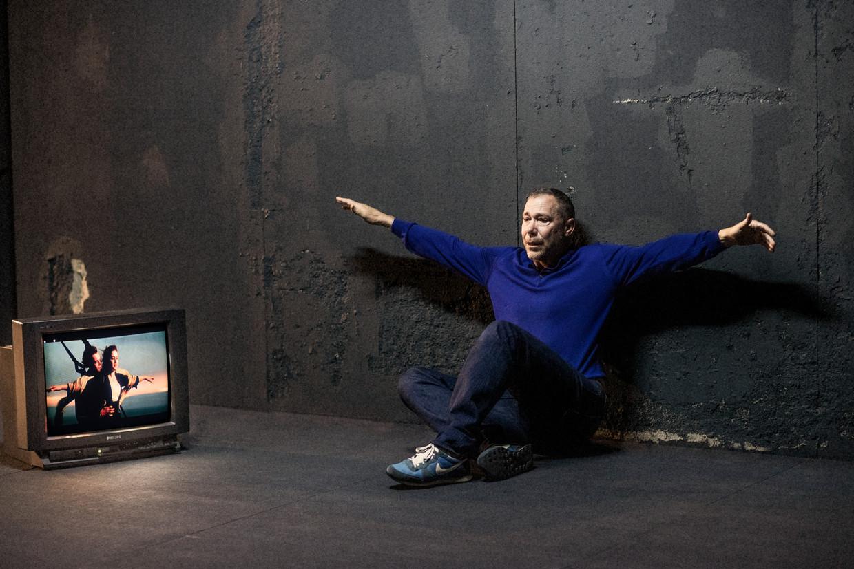 Hans Kesting: 'Het is een fijn gevoel om de schouwburg weer te kunnen openen met dit stuk.'