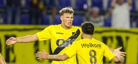 Van Hooijdonk wacht gesprek met NAC af na heldenrol: 'Ik zal altijd doelpunten maken'