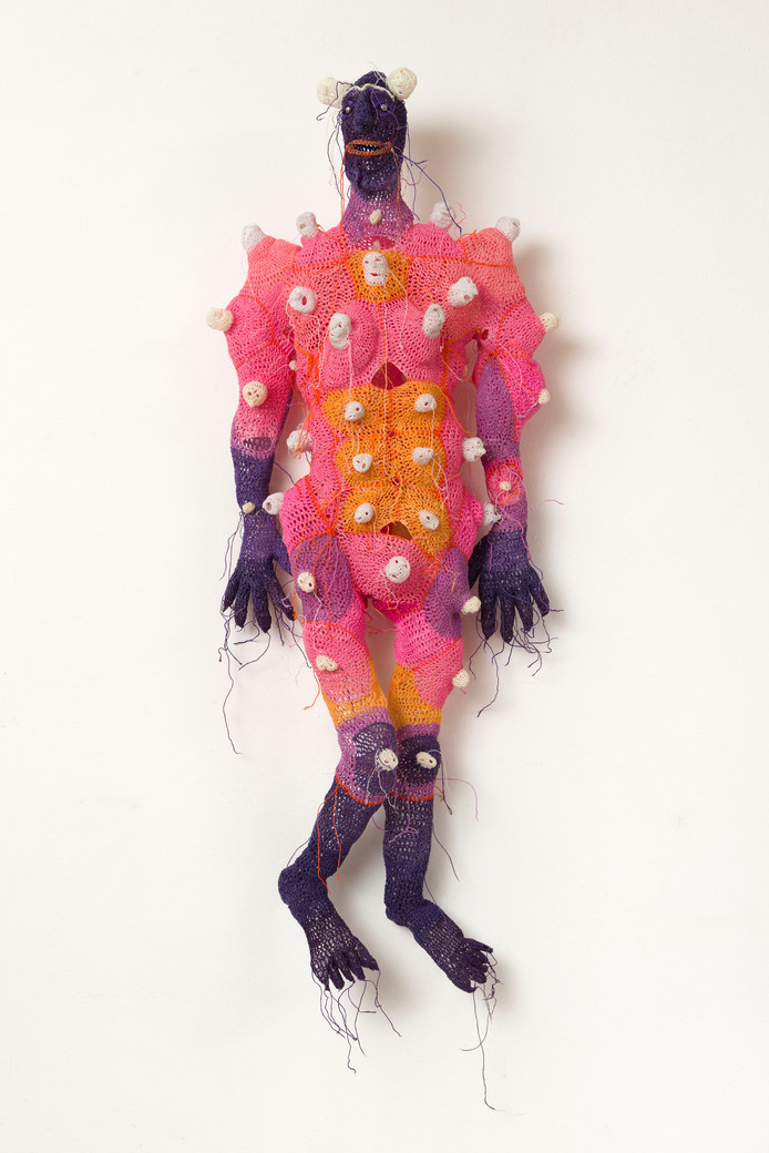 Het werk Bultenman uit 2012 van Johanna Schweizer is te zien in de tentoonstelling Raketstart in Stedelijk Museum Breda.