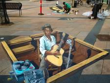 Er komt muziek uit de straattekeningen tijdens festival in Arnhem