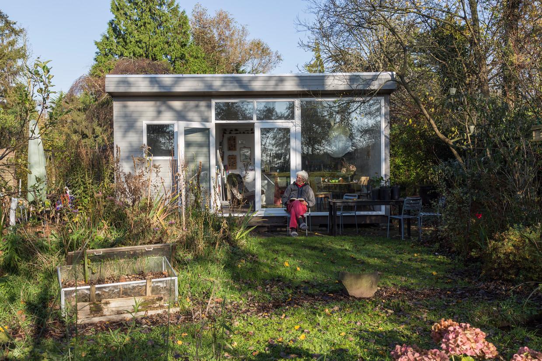 Tuinpark Nieuw Vredelust in Zuidoost moet weg. Beeld Tammy Van Nerum