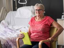 'Pionier vrouwenvoetbal' speelt doelpunt na, eindigt in ziekenhuis