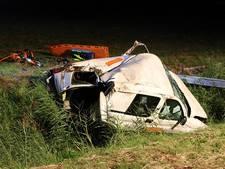 Auto vliegt van N50, schilder gewond