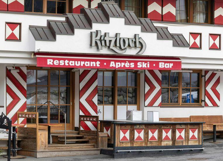 In deze bar gaf een Duitse barman het virus wellicht door aan honderden klanten.