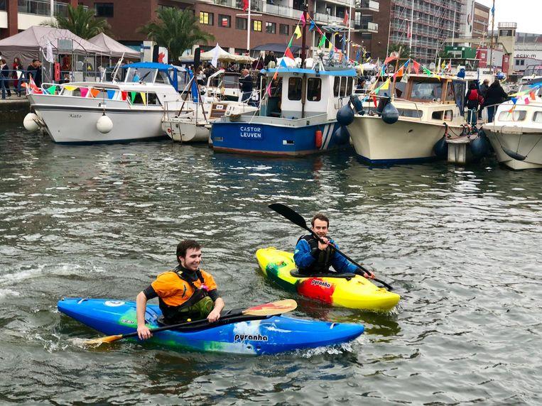 Er was ook een initiatie kajakken voorzien tijdens de Havenfeesten.