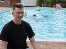 Olster camping biedt kinderen Rode Dorp dag zwemvermaak na soap rond buurtzwembad