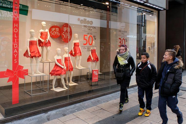 De winkels in de Nieuwstraat zijn klaar voor een van de drukste shoppingperiodes van het jaar.