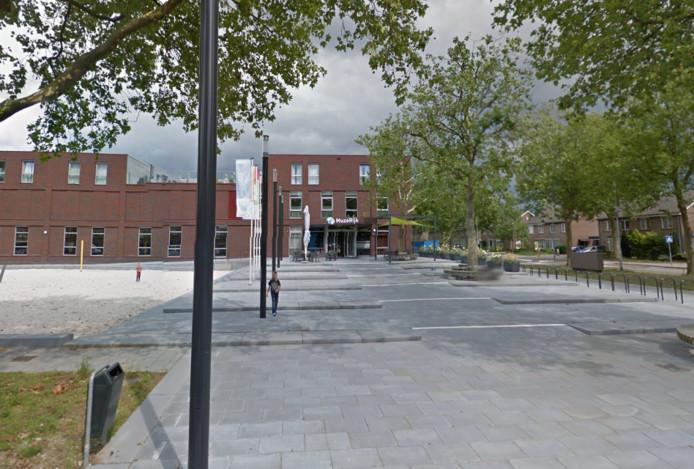 MuzeRijk in Uden, onder andere in gebruik door BrabantZorg, de school en volleybalclub Saturnus.