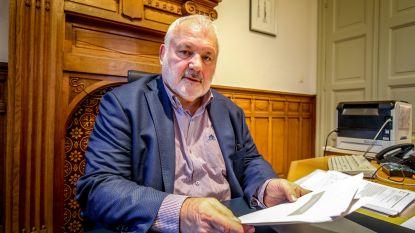 VRT verontschuldigt zich bij Jean-Marie Dedecker na omstreden advertentie