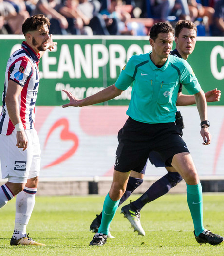 Eredivisiedebuut Martens: 'Dit smaakt naar meer'