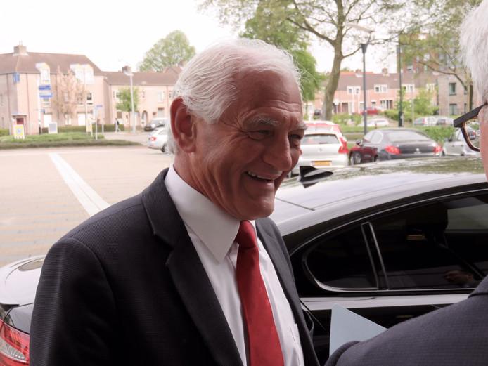 Frank van den Hout neemt na 36 jaar afscheid.
