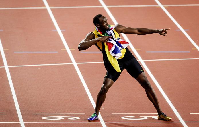 Usain Bolt in zijn kenmerkende pose.